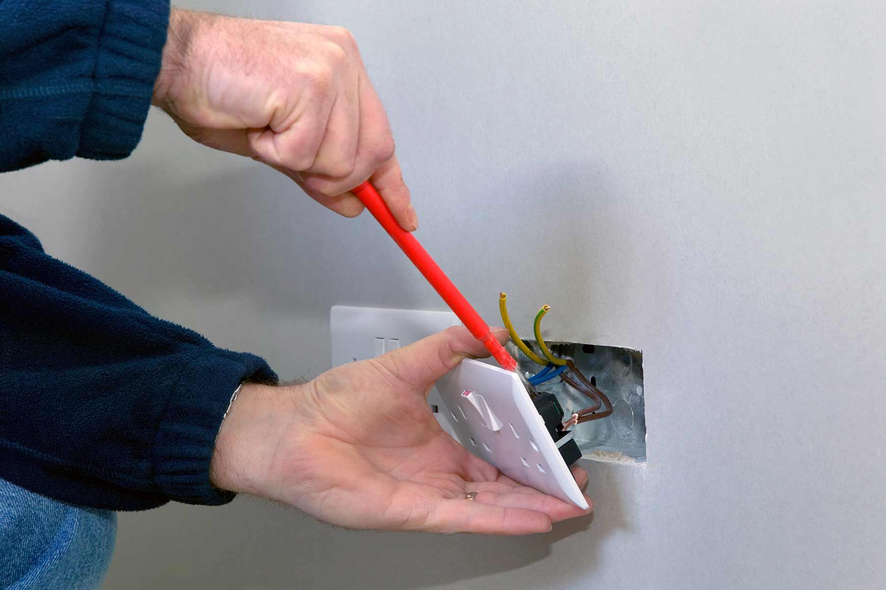 Our electricians can install plug sockets for domestic and commercial proeprties in Winchmore Hill and the local area.